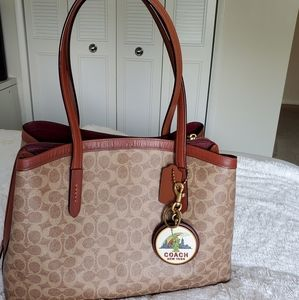 Coach Signature Charlie 40 Satchel handbag